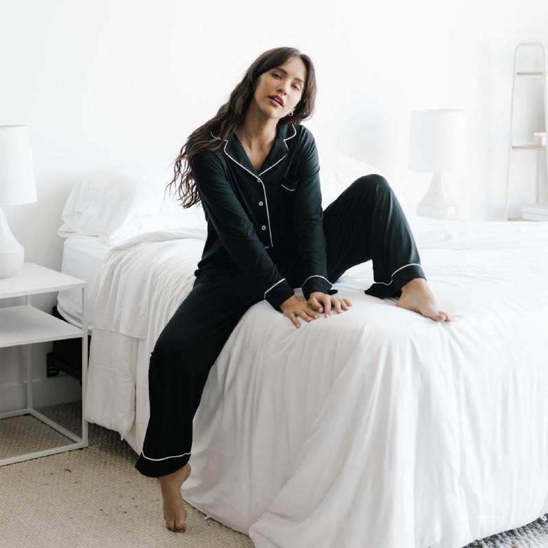 Cozy Earth Women's Bamboo Pajama Set – Long Sleeves