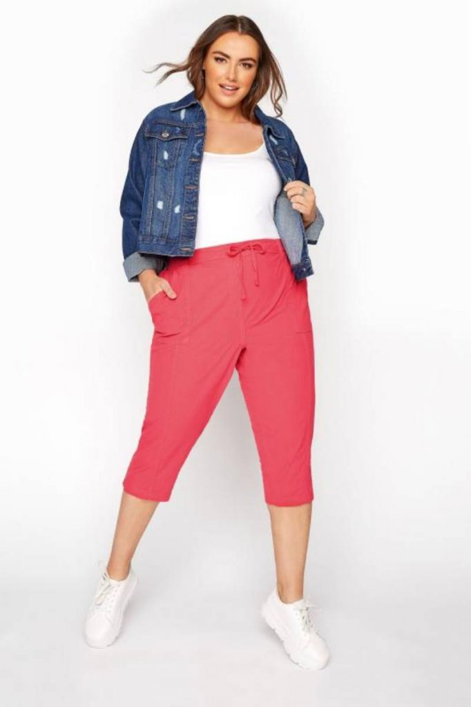 Body Hugging Plus Size Cropped Trousers