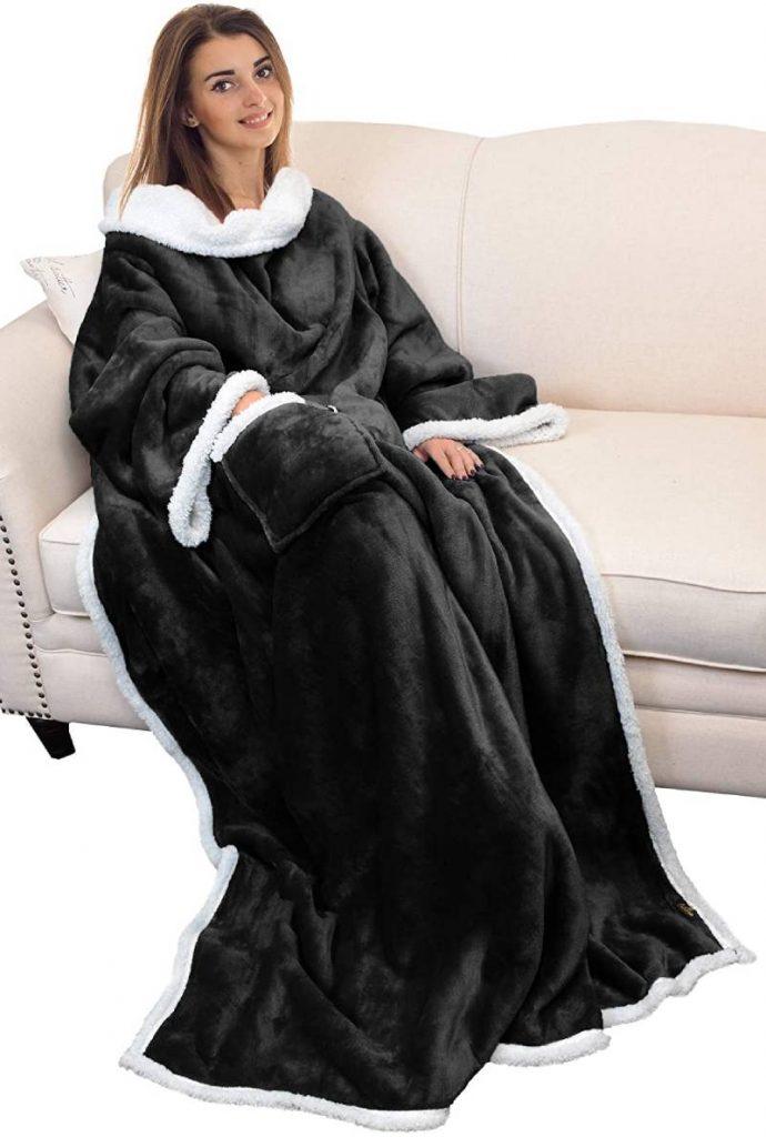 Catalonia Sherpa Wearable Fleece Blanket